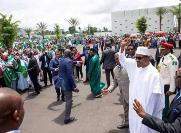 No plan to establish national carrier – Buhari