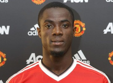 Eric Bailly: Man Utd sign Villarreal defender on four-year deal