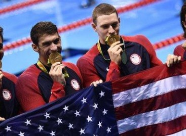 Rio Olympics 2016: Michael Phelps bows out of Games with gold in men's relay