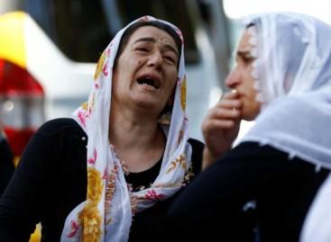Turkey wedding suicide bomber 'was child aged 12-14'