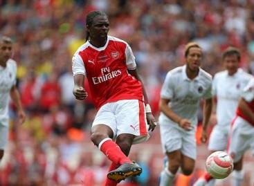 Arsenal 4-2 AC Milan: Kanu hits hat-trick in legends' rematch