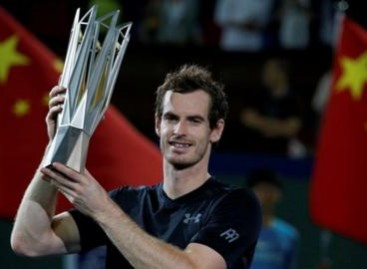 Andy Murray wins Shanghai Masters