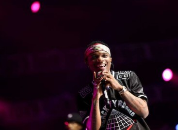 Wizkid wins Best Male Act at MTV Awards
