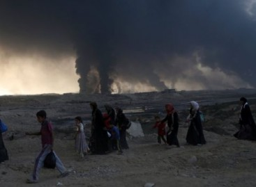 Iraq forces advance within 8km of Mosul