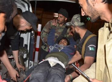 Terrorists kill 59 police cadets in Pakistan