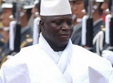 Gambia's parliament extends Yahya Jammeh's tenure by 90 days