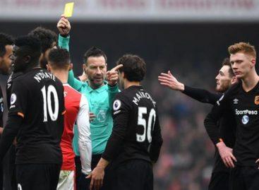 Mark Clattenburg: Premier League official quits to take up job in Saudi Arabia