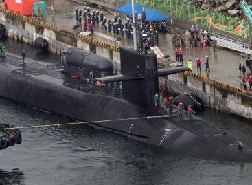 U.S. submarines arrive South Korea  over North Korea tension