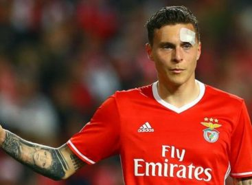 Man United complete £31m Lindelof signing