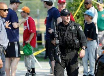 Gunman killed after opening fire on U.S. congressmen