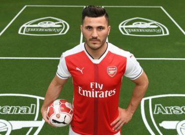 Arsenal sign Bosnian defender, Sead Kolasinac