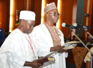 Osinbajo swears-in new ministers without portfolios