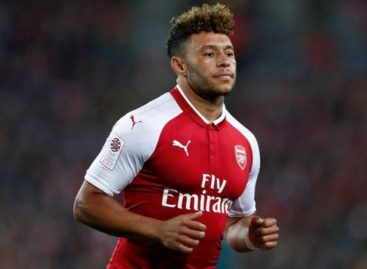 Liverpool to sign Arsenal's Chamberlain for £40m