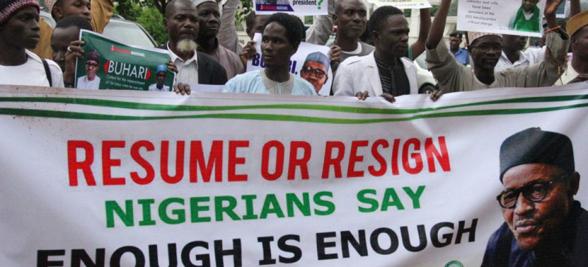 Protesters storm Presidential Villa, call for Buhari's resignation