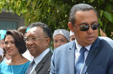 Health minister performs successful surgery on siamese twins
