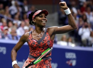 Venus advances into US Open semi finals