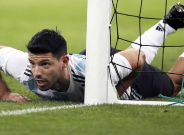 Aguero faints at half time as Nigeria thrash Argentina