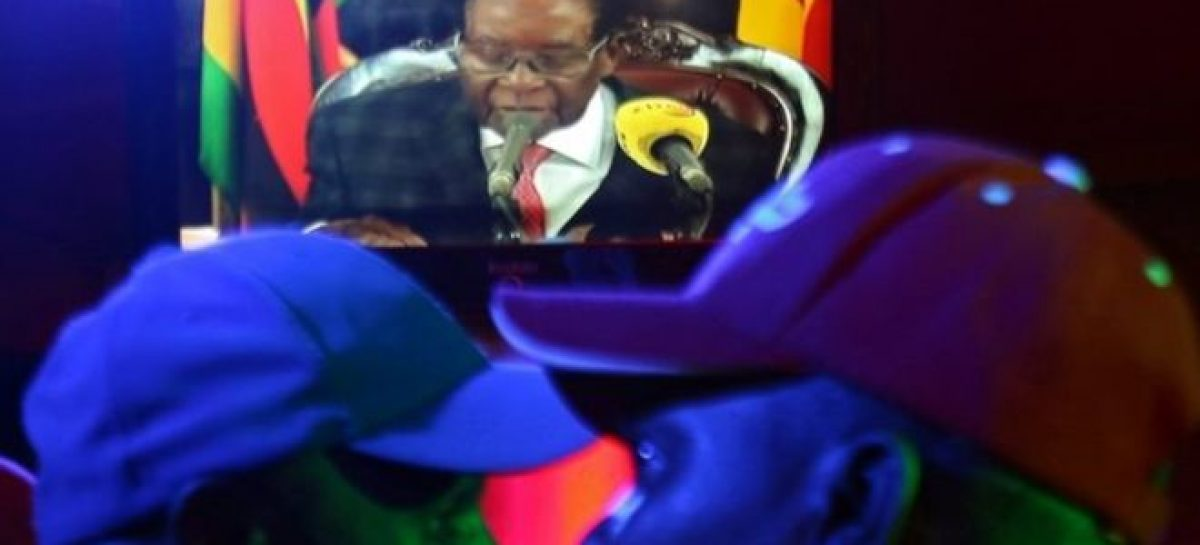 BREAKING: Defiant Mugabe vows to stay on