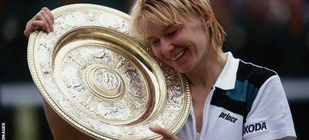 Tennis legend, Jana Novotna, dies at 49