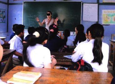 Four pupils commit suicide after teacher scolded them