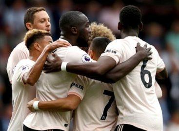 Rashford sent off as United beat Burnley 2-0