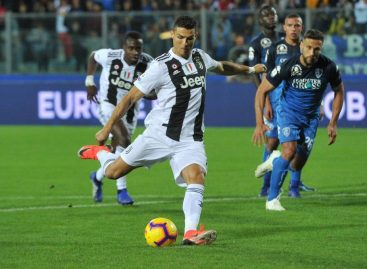 Ronaldo 's brace gives Juventus victory against Empoli