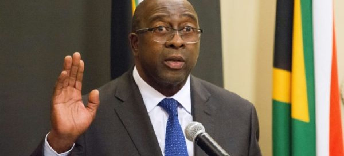 South Africa's finance minister resigns over graft allegations