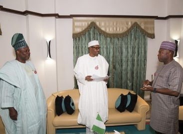 2019: Buhari meets Amosun, APM chairman, receives adoption letter
