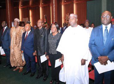 Buhari swears-in 8 new permanent secretaries