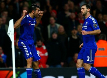 Arsenal 0-1 Chelsea: Costa downs Gunners after Mertesacker sees red