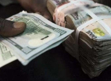 Naira sells N322 to a dollar at parallel market