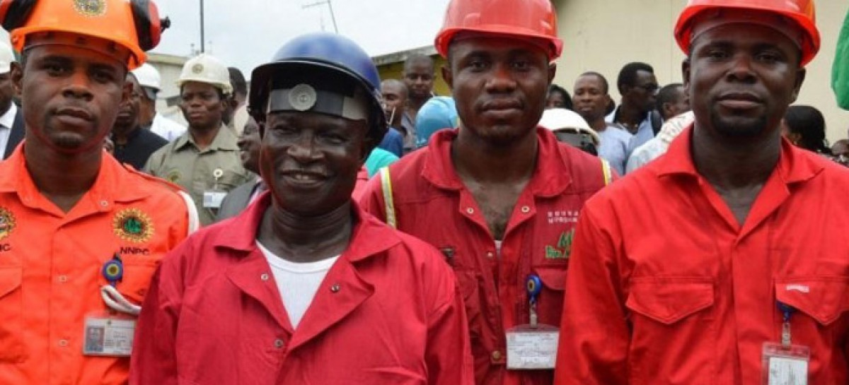 Oil workers suspend strike after negotiations