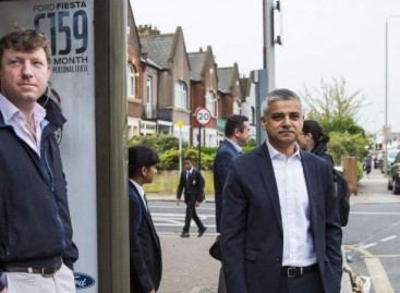 New London Mayor Sadiq Khan Takes Bus To Work