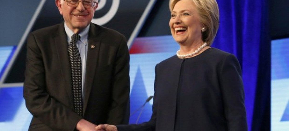 US election 2016: Bernie Sanders endorses Hillary Clinton