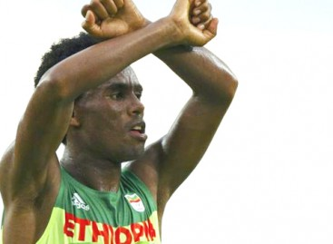 Ethiopia runner gets $40,000  asylum donations after Oromo protest sign