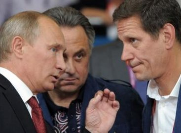 Putin's opponents run in parliamentary polls