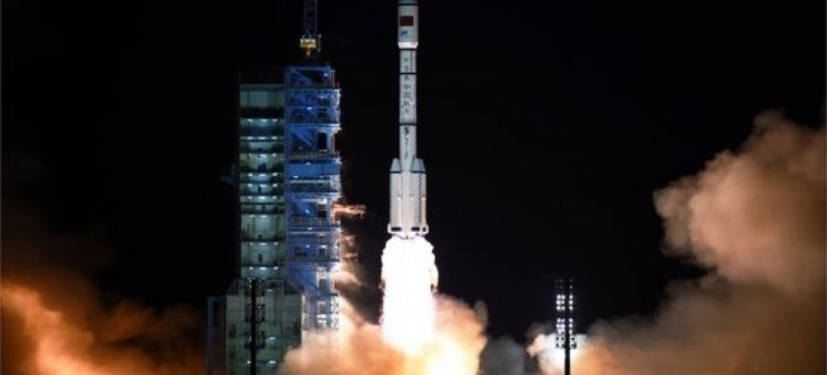 China's Shenzhou 11 blasts off on space station mission