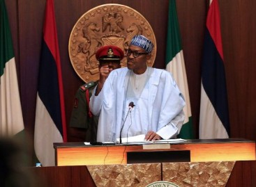 Economic recession will ebb in 2017, says  Buhari