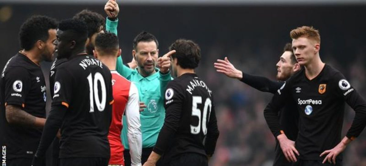 Mark Clattenburg: Premier League official quits to take up job in Saudi Arabia