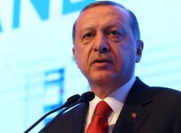 Turkey fires 4000 officials over coup plot