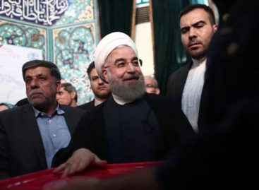 Iran's Rouhani on course for second term