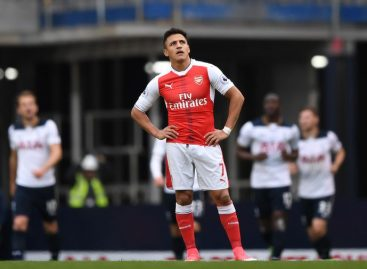 Frustrated Sanchez nearing Gunners' exit?