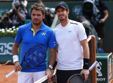 Wawrinka beats Murray to reach French Open final