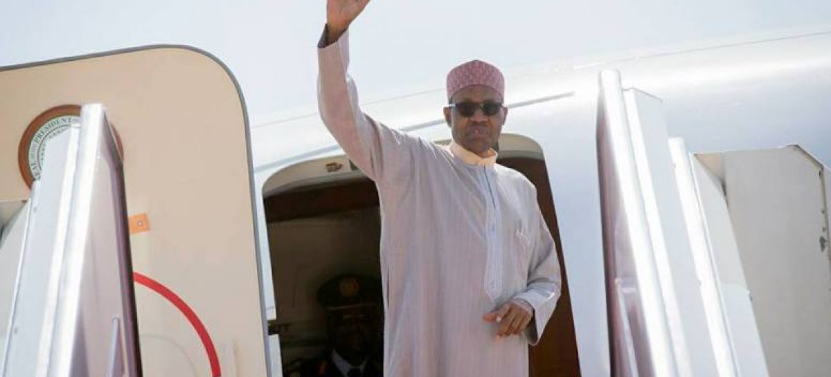 Buhari attends ECOWAS meeting on common currency in Niamey Tuesday
