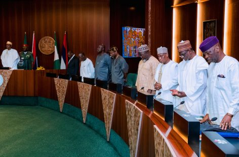 Buhari, ministers hold special FEC Friday over 2019 budge
